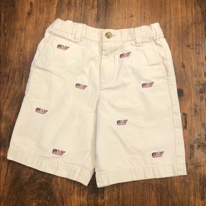 Vineyard Vines Whale Embroidered Shorts